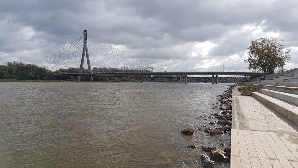varsavske-nabrezie-rieka-vysla