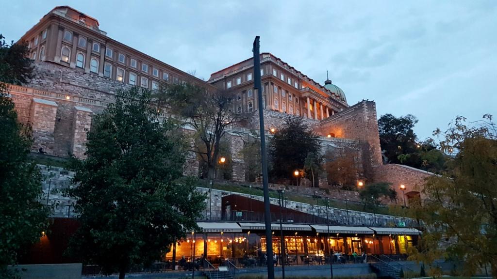 budinsky-hrad-budapest