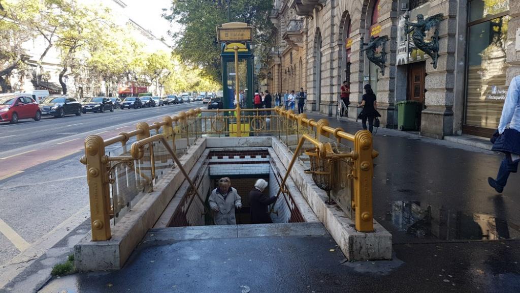 najstarsia-linka-metra-budapest