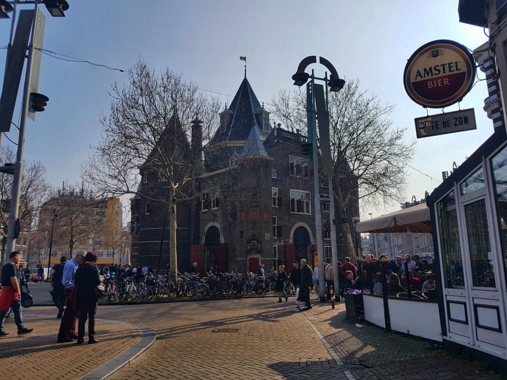 hrad-vaag-v-amsterdame