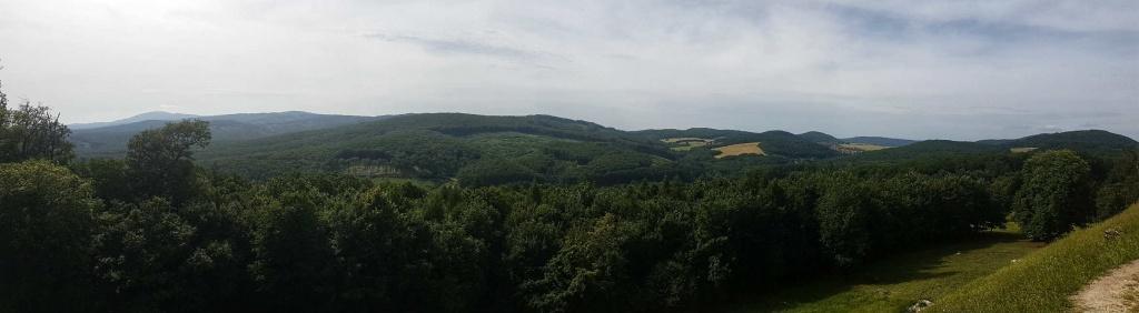 panorama-pohoria-tribec-z-hrusova