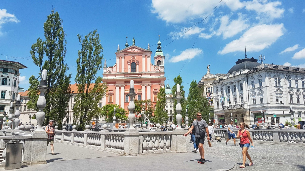 bazilika-a-preserenovo-namestie-lublana