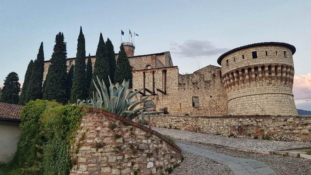 hrad-brescia