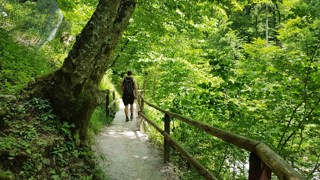 turisticky-chodnik-cez-vintgar