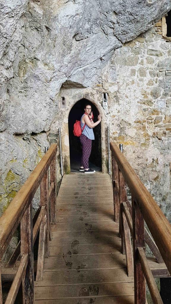 vchod-do-hornej-jaskyne