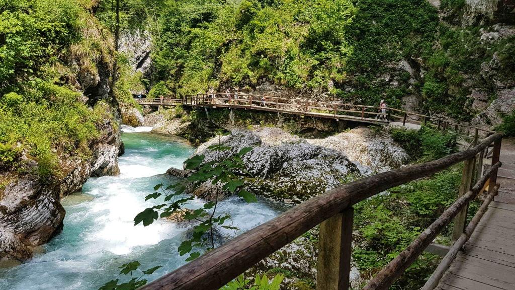 vodopady-vo-vintgare-slovinsko