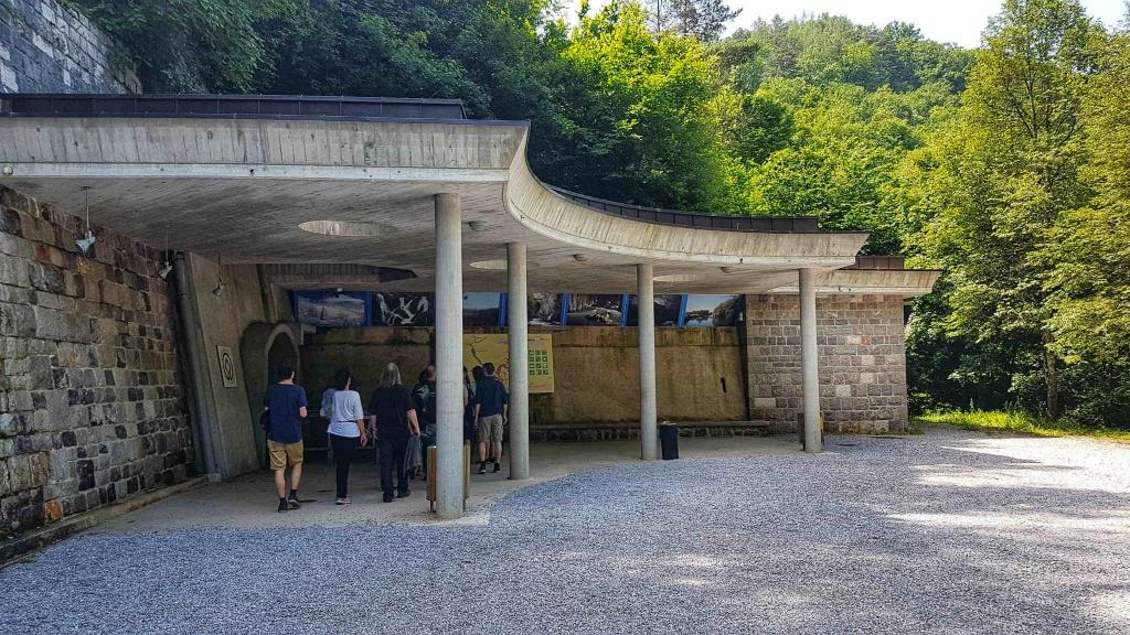 vstup-do-skocjanskej-jaskyne