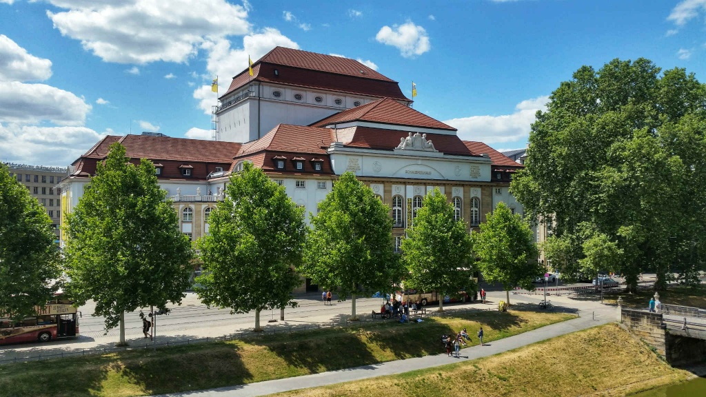 narodne-divadlo-staatsschauspiel-drazdany