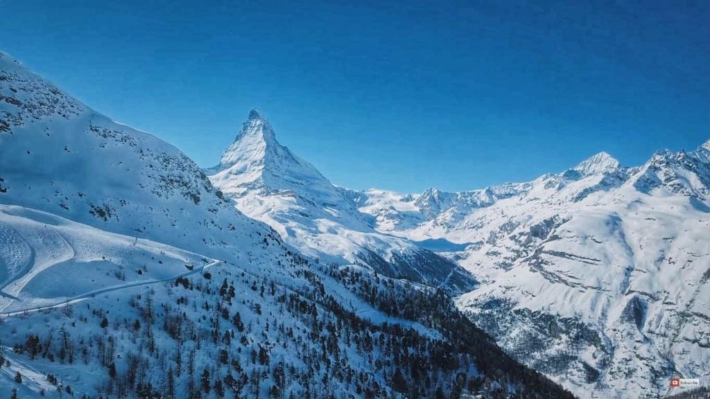 zermatt-lyziarske-stredisko-svajciarsko